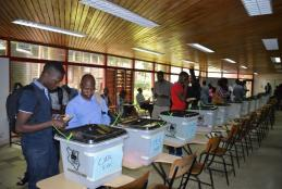 Uon students  voting during UNSA elections in 2018